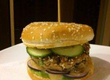 Tuńczykowy burger - ugotuj
