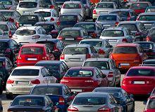 Import używanych samochodów spadł o ponad 40 proc. Powody są dwa