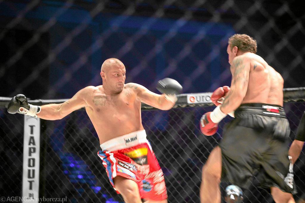 Listopad 2011. Przemysław Saleta walczy z Marcinem Najmanem