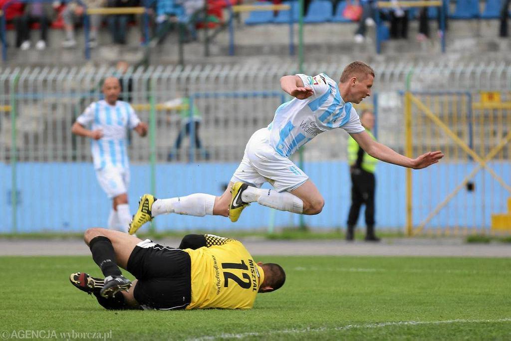 Stomil Olsztyn - GKS Tychy 1:1. Na zdjęciu Paweł Piceluk (2013 r.)