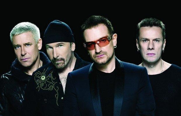 """U2 w tym roku rusza w trasę koncertową z okazji jubileuszu płyty """"The Joshua Tree"""". Fani mogą być pewni, że zespół będzie grał największe hity z tego albumu, jednak podobno istnieje też szansa na usłyszenie nowego materiału."""