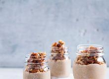 Mus gryczany kawowo-waniliowy z gryczaną granolą - ugotuj