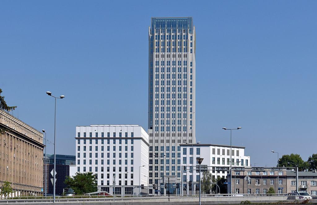 Budynek Unity Tower, dawny 'Szkieletor'