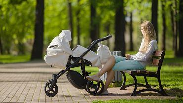 Rodzinny kapitał opiekuńczy to 12 tys. zł na dziecko. Rodzice: Nic tylko w domu siedzieć