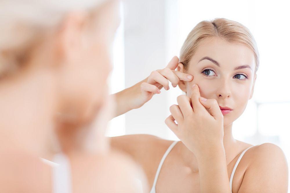 Skinoren to nazwa popularnych kosmetyków na problemy z cerą.