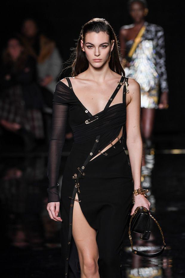 Suknia Versace pre-fall 2019