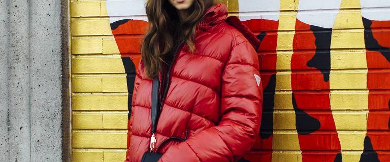 Pikowane płaszcze i kurtki na sezon jesień-zima 2021/22! Mamy topowe modele, w których sylwetka wygląda korzystnie