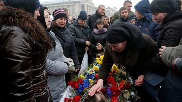 Pożegnanie poległego żołnierza w Kijowie
