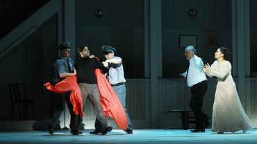 Teatr Wielki w Warszawie. Próba opery 'Tosca', 16.02.2019 r. Na zdjęciu: Michael Spadaccini jako Cavaradossi i Svetlana Kasyan jako Tosca