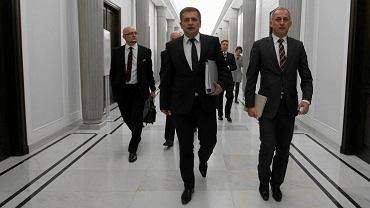 Minister zdrowia Bartosz Arłukowicz i jego eksperci w drodze na debatę