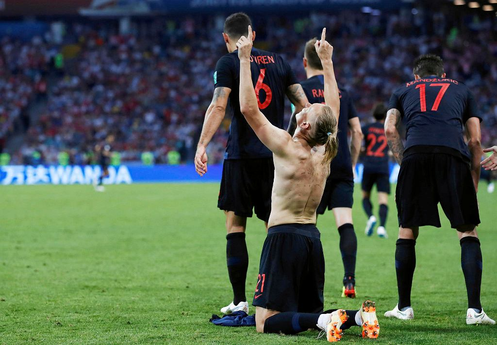 Croatia's Domagoj Vida celebrates after scoring his side's second goal during the quarterfinal match between Russia and Croatia at the 2018 soccer World Cup in the Fisht Stadium, in Sochi, Russia, Saturday, July 7, 2018. (AP Photo/Manu Fernandez) SLOWA KLUCZOWE: WC2018RUS;WC2018HRV