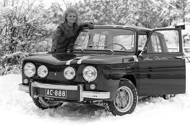 Miss Finlandii Leene Marketta Brusiin i jej Renault 8 Gordini (1968)