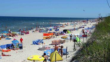 Zdaniem Tomasza Michniewicza, parawany to zjawisko typowe dla polskich plaż