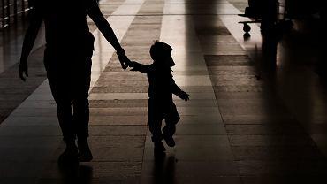 Wielka Brytania. Nowy wirus atakuje dzieci? Lekarze obserwują nietypowe objawy (zdjęcie ilustracyjne)