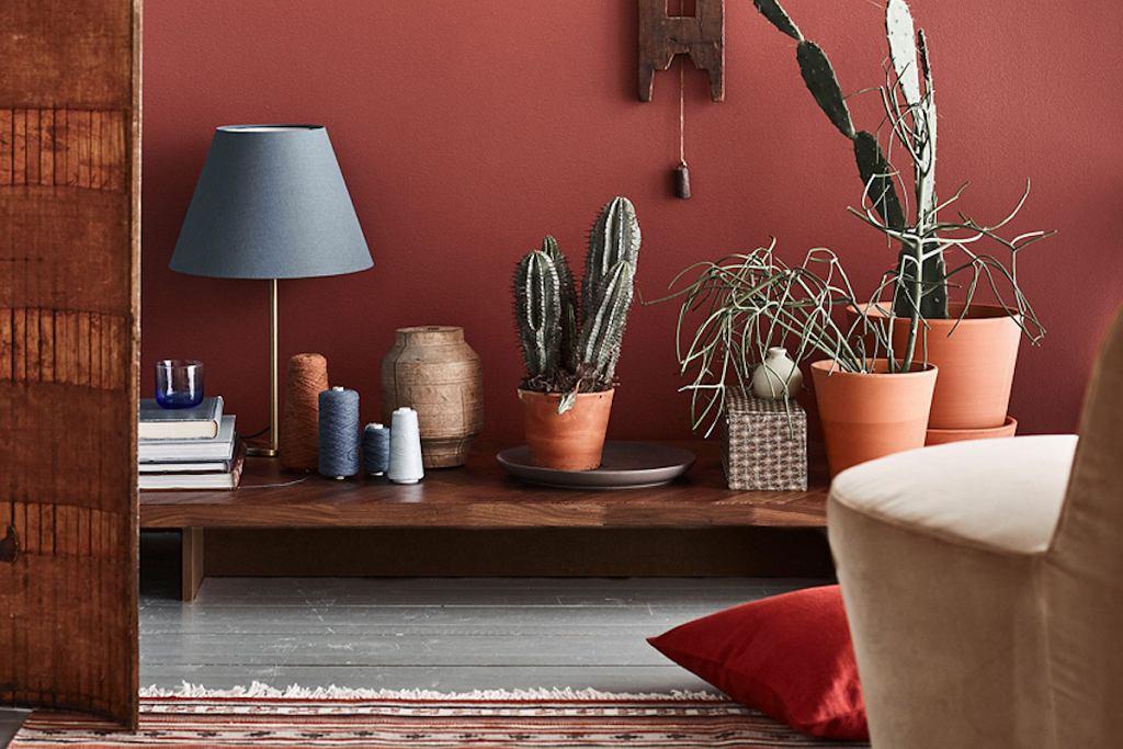 Kolor ceglany i terracotta to najmodniejsze barwy 2020 roku.