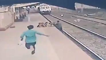 Bohaterka akcja przypadkowego mężczyzny. W ostatniej chwili uratował dziecko, które upadło przed rozpędzonym pociągiem