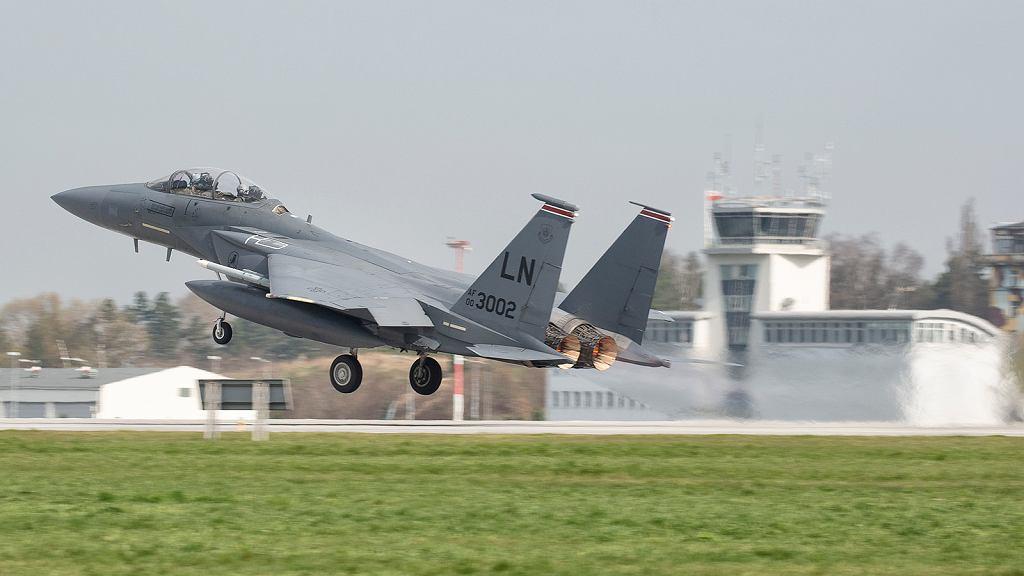 Startujący F-15E