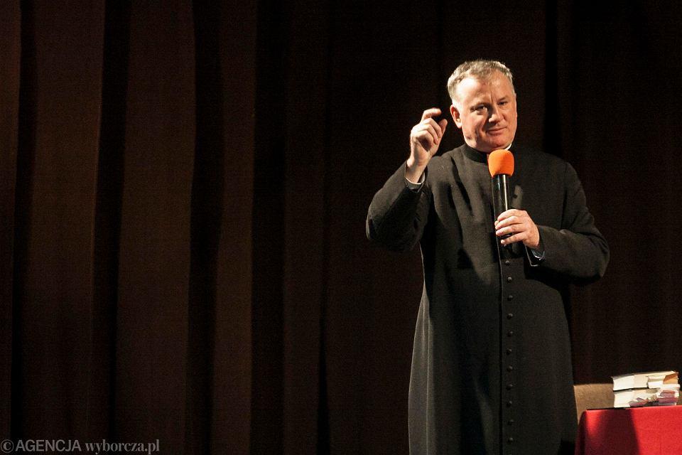 Ks. prof. Tadeusz Guz jest pracownikiem Katolickiego Uniwersytetu Lubelskiego