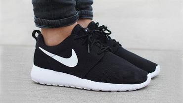 Kolaż / Źródło: www.instagram.com/nikerosheone / Nike Roshe One