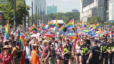 Parada Równości na ulicach Warszawy