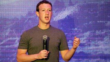 Mark Zuckerberg przemawia w Dżakarcie