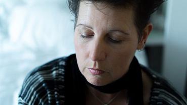 Na zespół chronicznego zmęczenia najczęściej chorują kobiety rasy białej z klasy średniej, w wieku od 20 do 50 lat