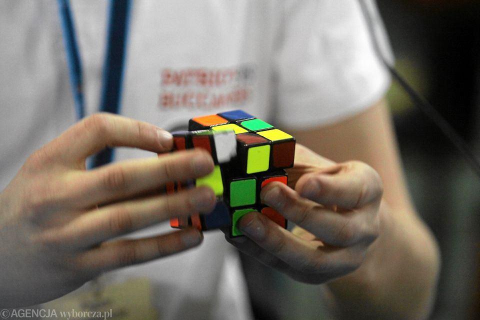 Co ma wspólnego kostka Rubika z koszykówką?
