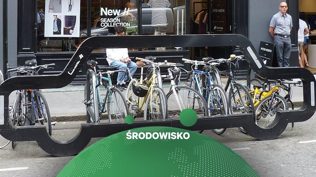 Stojak na rowery w kształcie samochodu