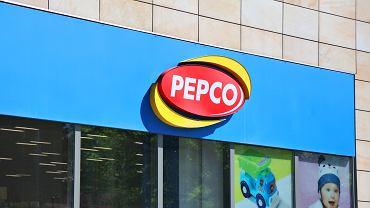 Pepco sprzedaje hitowy kardigan. Perełka za 50 zł. 'Boski jest'. Podobny kupisz też w Lidlu (zdjęcie ilustracyjne)