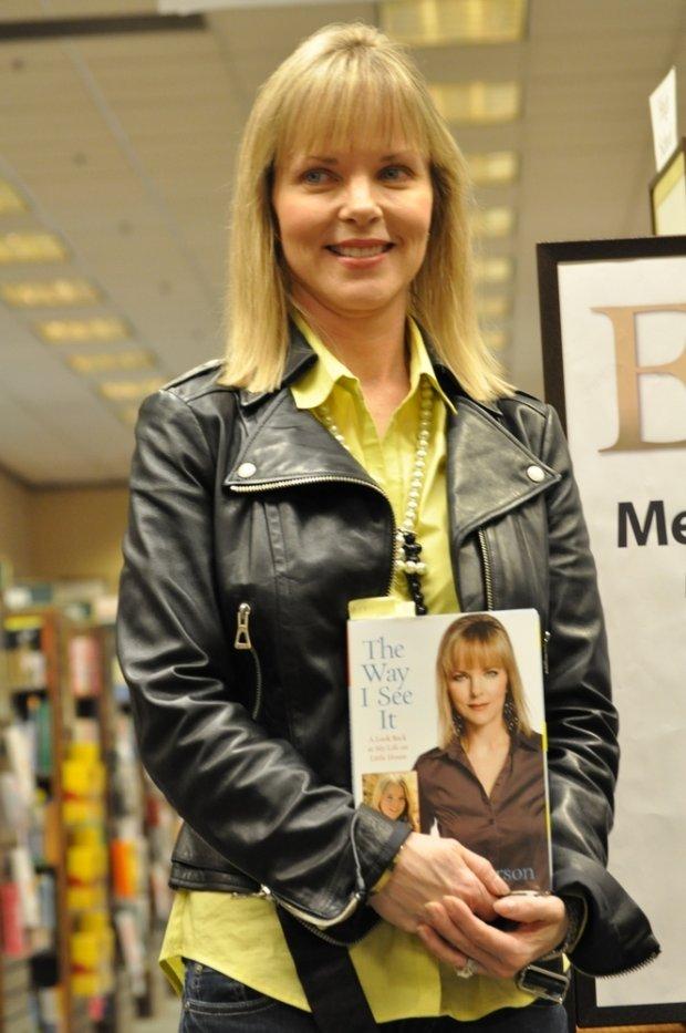 Melissa Sue Anderson promująca swoją książkę w 2010 roku