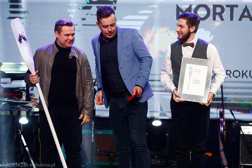'Wiosła Kultury!', nagroda łódzkiej 'Gazety Wyborczej' i 'Monopolis'