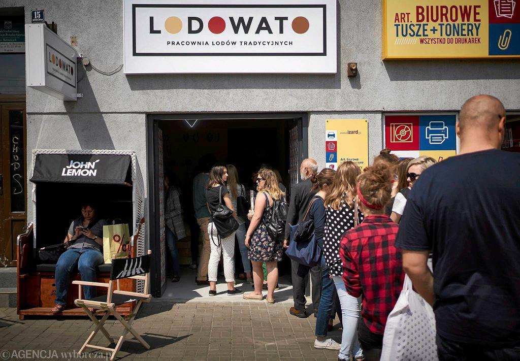 Nowa lodziarnia Lodowato przy ul. Dworcowej w Katowicach / Nowa lodziarnia Lodowato przy ul. Dworcowej w Katowicach/Fot.GRZEGORZ CELEJEWSKI