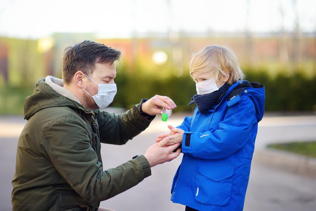 Dzieci się boją. Psycholog o wpływie pandemii na psychikę najmłodszych