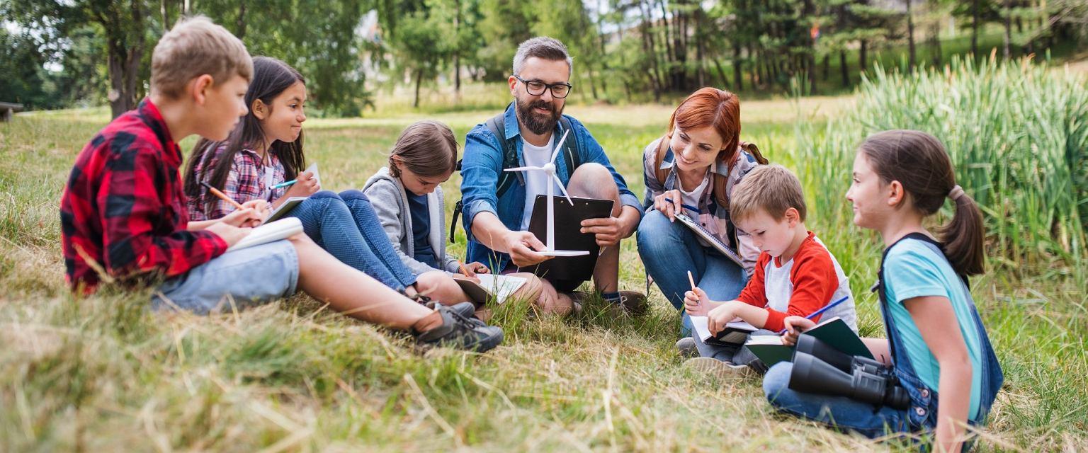 Między innymi przez pandemię przybyło dzieci w edukacji domowej (Shutterstock.com)