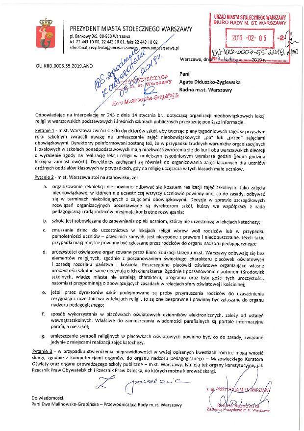 Odpowiedź warszawskiego ratusza na interpelację ws. praw uczennic i uczniów, którzy nie uczęszczają na nieobowiązkową katechezę.