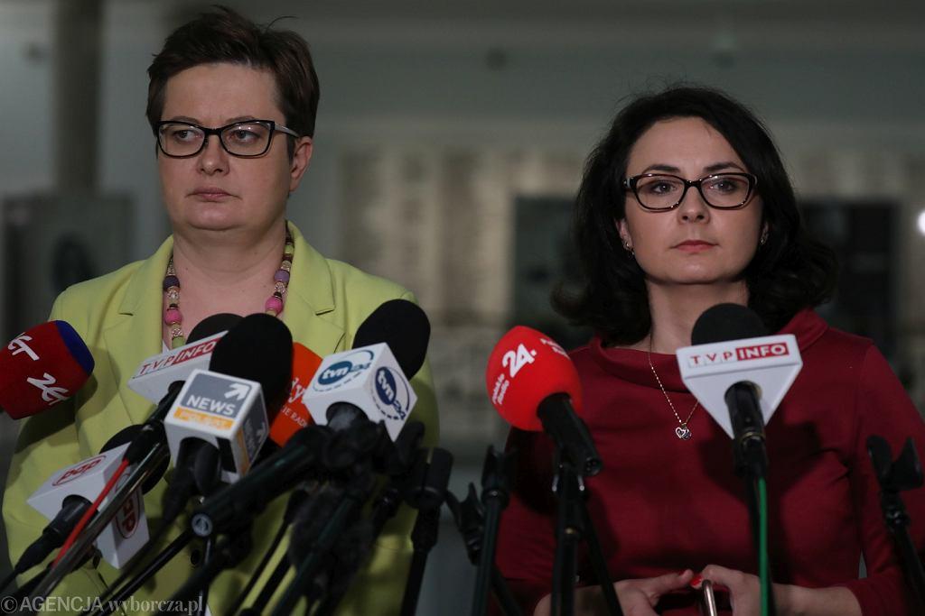 Katarzyna Lubnauer, szefowa Nowoczesnej, i szefowa klubu poselskiego partii Kamila Gasiuk-Pihowicz (fot. Sławomir Kamiński/AG)