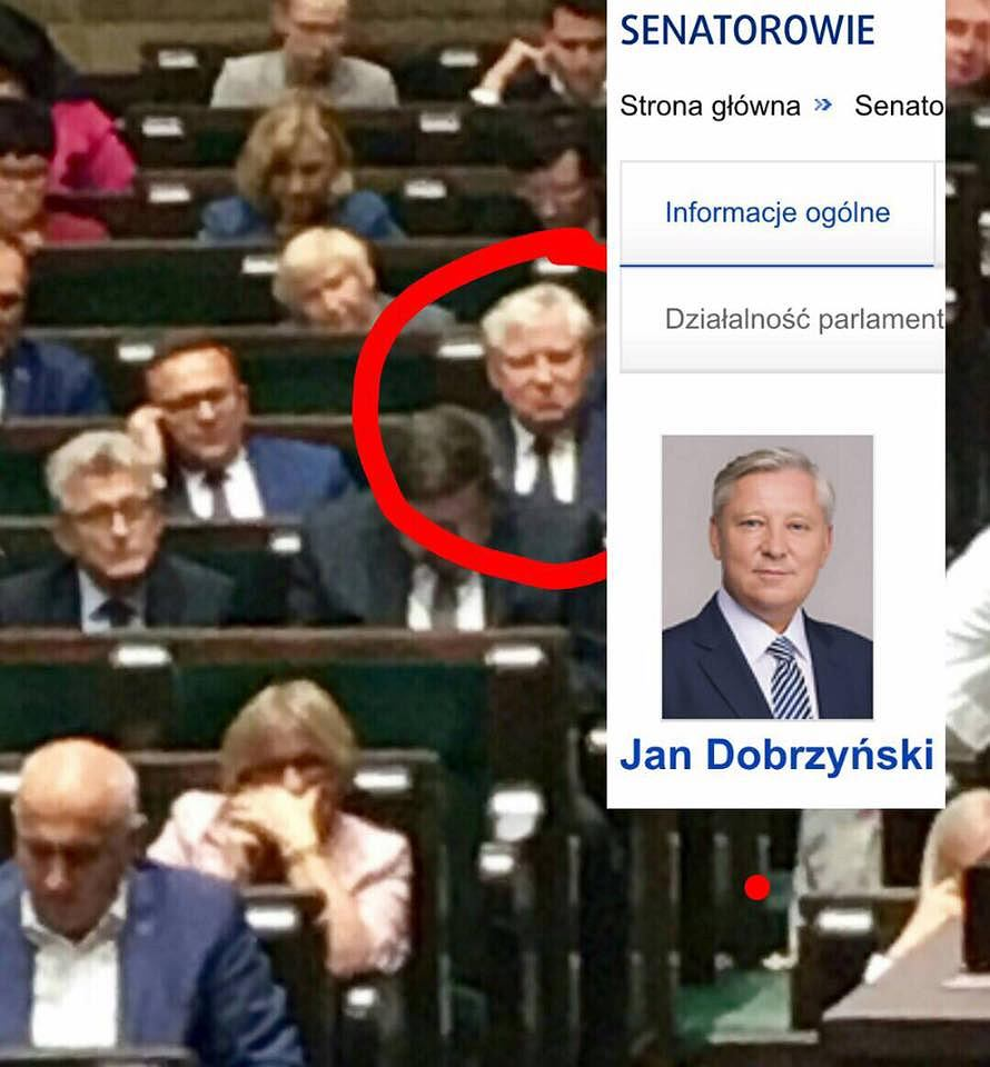 Podlaski senator PiS Jan Dobrzyński podczas bloku głosowań zasiadł w sejmowych ławach klubu PiS