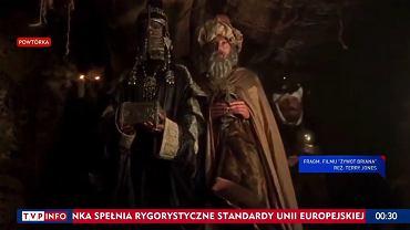 Fragment filmu 'Żywot Briana' w 'Wiadomościach' TVP