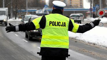 Od lipca rząd chce zaostrzyć wymogi bezpieczeństwa drogowego. Prawo jazdy będzie odbierane za przekrocznie limitu prędkości o 50 km/h także poza obszarem zabudowanym.