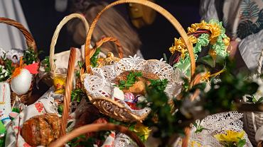 CTraditional,Polish,Easter,Baskets,With,Food,-,Holy,Saturday,,Easter