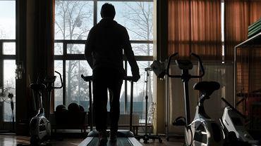 Ministerstwo Zdrowia chce ruszyć z rehabilitacją postcovidową. 'Powikłania dotyczą ok. 1,5 mln Polaków'
