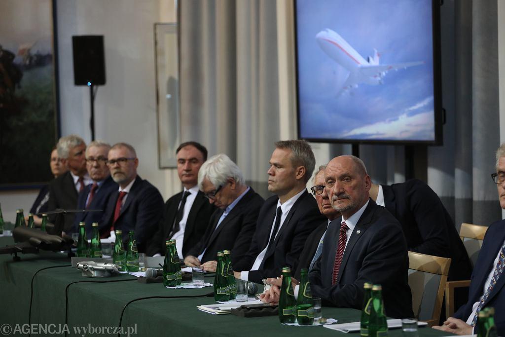 Prezentacja raportu technicznego podkomisji Macierewicza, 11.04.2018