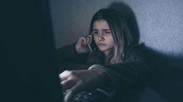 Co trzeci nastolatek ogląda patotreści w sieci