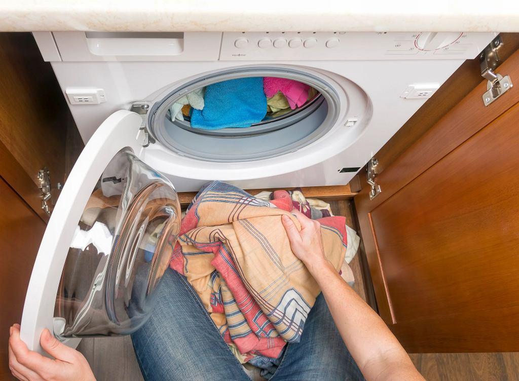 Pranie robić trzeba, to oczywiste. Ale gdzie postawić pralkę?