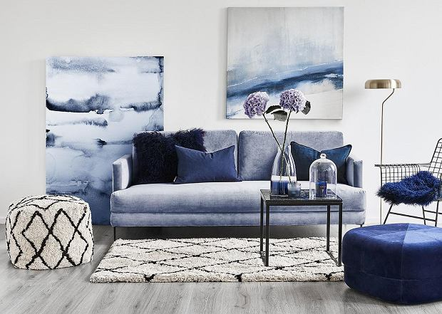 Obrazy do salonu: trendy, inspiracje, pomysły na obrazy DIY