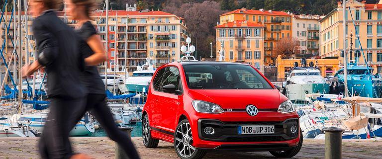 Volkswagen Up! - mały, zwinny i z dużym rabatem. Oto idealny samochód do miasta