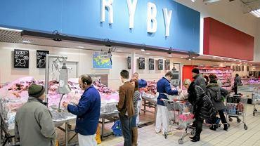Koszt połowu lub hodowli ryb sprawia, że ich cena nie może być niższa od ceny mięsa