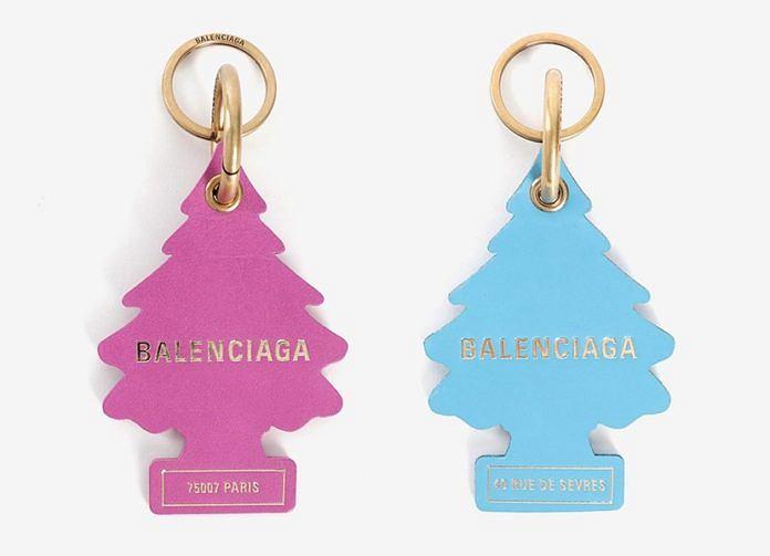 Breloczki Balenciaga wzorowane na zapachowych choinkach Wunder-Baum