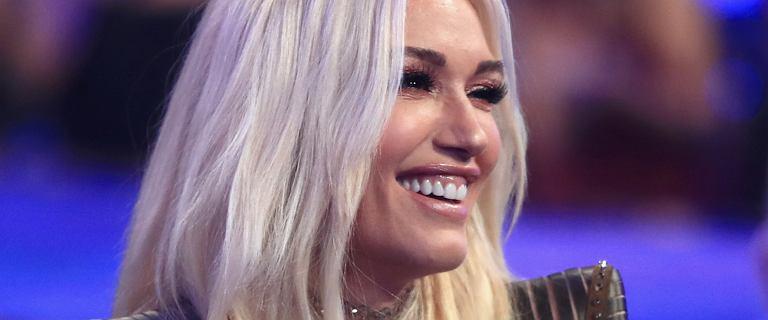 Tak, to Gwen Stefani. Przedobrzyła z wizytami w gabinecie medycyny estetycznej