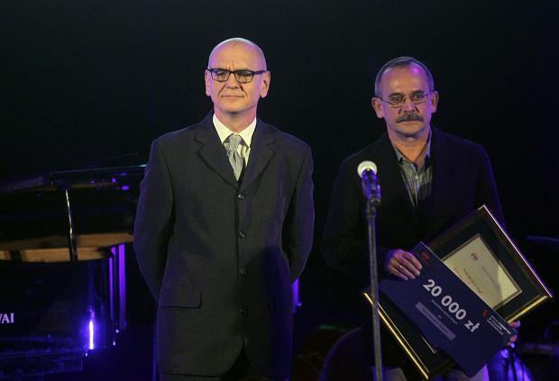 Dariusz Rosiak podczas rozdania nagród PAP im. Ryszarda Kapuścińskiego (fot: Przemek Wierzchowski/ Agencja Gazeta)